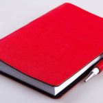 Изготовление ежедневников с ручкой